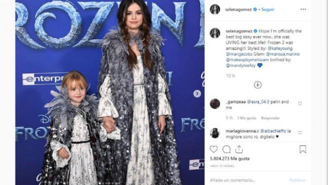 Selena Gomez acude a la premiere de Frozen 2 con su hermana