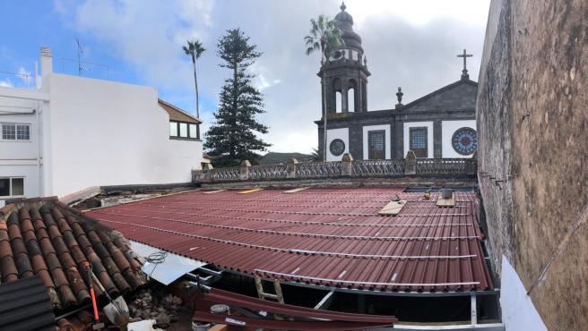 Techumbre provisional del Ateneo de La Laguna