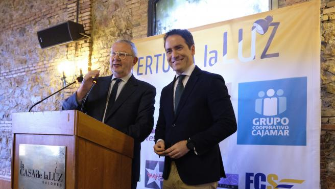 Teodoro García Egea en la tertulia 'La Luz'