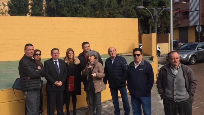 Visita del Ayuntamiento a la la plaza Polo y Caña