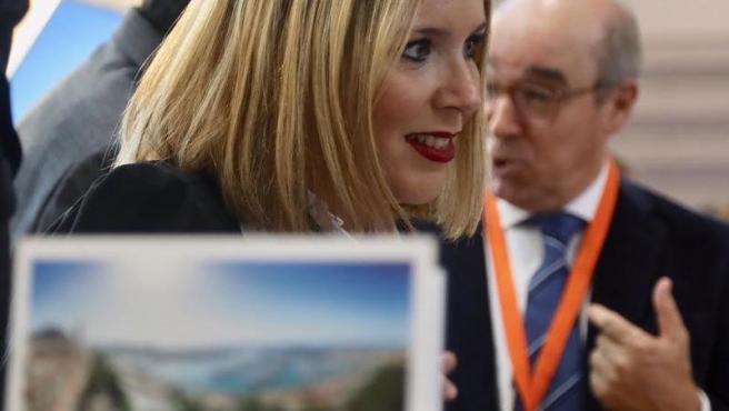 La vicealcaldesa de Alicante y concejala de Turismo, Mari Carmen Sánchez, en la World Travel Market de Londres