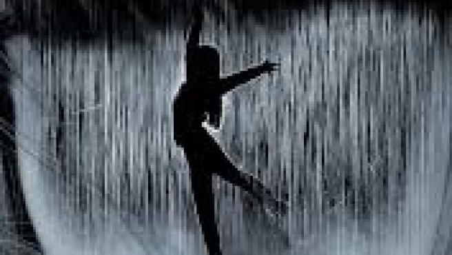 Lucía Echegaray ha presentado Bailar bajo la Tormenta en el Espacio Santos Ochoa de Logroño
