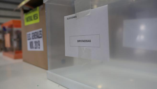 Urna de los diputados/as, en las elecciones generales del 10N