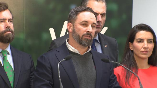 Abascal reprocha al PSOE 'abrazarse al comunismo bolivariano' en pleno 'golpe de Estado'