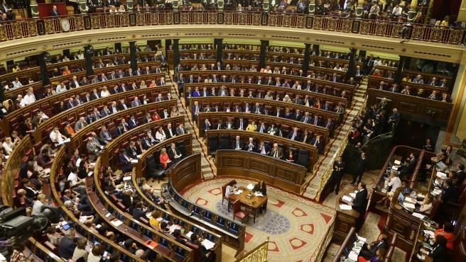 Una sopa de siglas sin precedentes: 19 listas obtienen escaños en el Congreso
