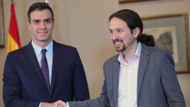 El presidente del Gobierno en funciones, Pedro Sánchez y el líder de Podemos, Pablo Iglesias.