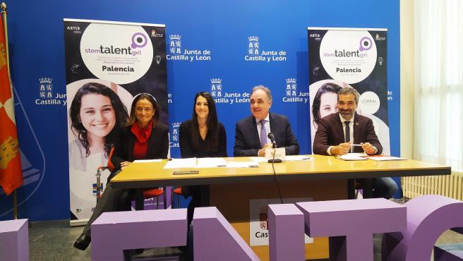 Escalada (I), Rebollo, Rubio y García presentan la I edición del proyecto 'STEM Talent Girl' en Palencia.