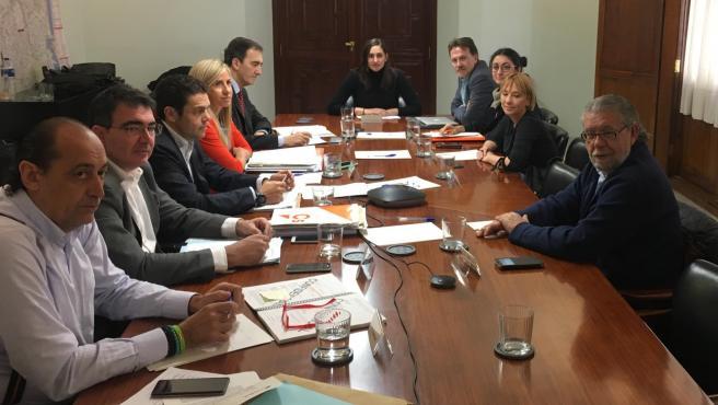 Imagen de la reunión este martes de la comisión de trabajo de la Empresa Municipal de Transportes (EMT) de València que investiga el fraude de cuatro millones de euros en este entidad.