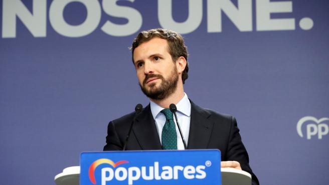 Pablo Casado, en una rueda de prensa tras el acuerdo de Gobierno entre Sánchez e Iglesias.