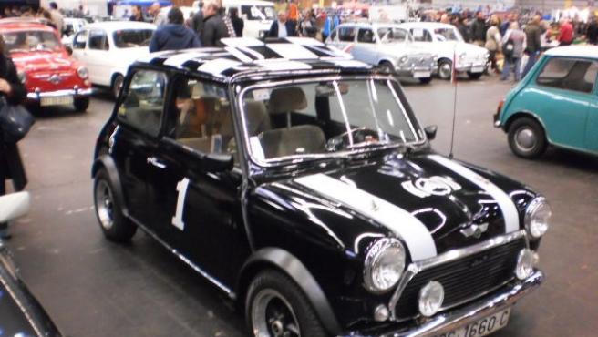 Vehículo Mini en Retro Clásica en el BEC de Barakaldo