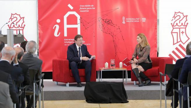 Ximo Puig y Núria Oliver en la presentación de la Estrategia de la Inteligencia Artificial valenciana en Alicante.