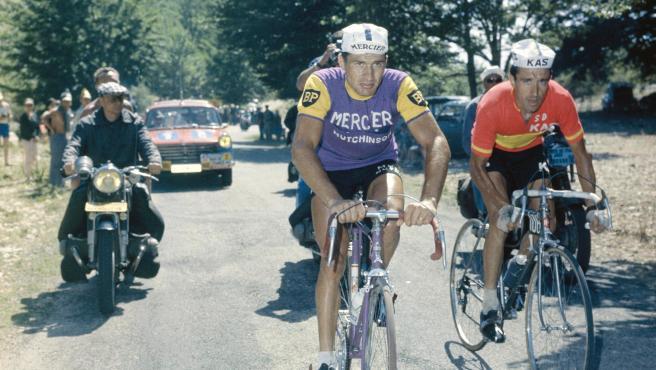 Raymond Poulidor, durante una etapa del Tour de Francia.