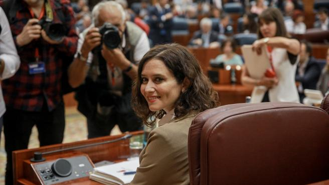 La presidenta de la Comunidad de Madrid, Isabel Díaz Ayuso, durante una sesión plenaria en la Asamblea de Madrid