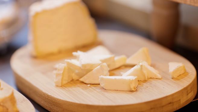 Tapa, tapas, comida, comer, picar, queso, quesos, cortar queso