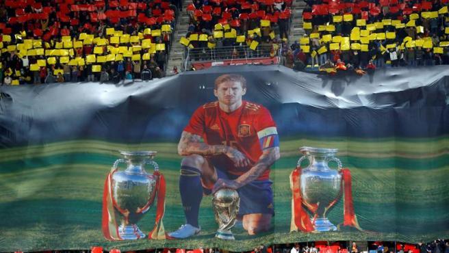 El Carranza se rinde ante Ramos en su homenaje