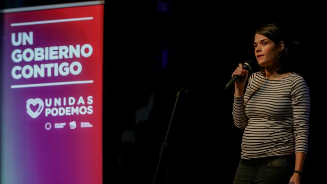 La portavoz de Unidas Podemos en la Asamblea de Madrid, Isa Serra, interviene en un mitin de Unidas Podemos en Alcorcón (Madrid) el 5 de noviembre de 2019.