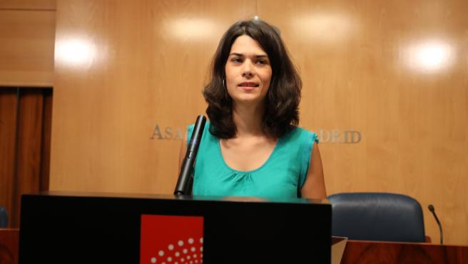 La portavoz de Unidas Podemos en la Asamblea de Madrid, Isa Serra, ofrece una rueda de prensa tras la reunión de la Junta de Portavoces de los Grupos Parlamentarios en la Asamblea de Madrid.
