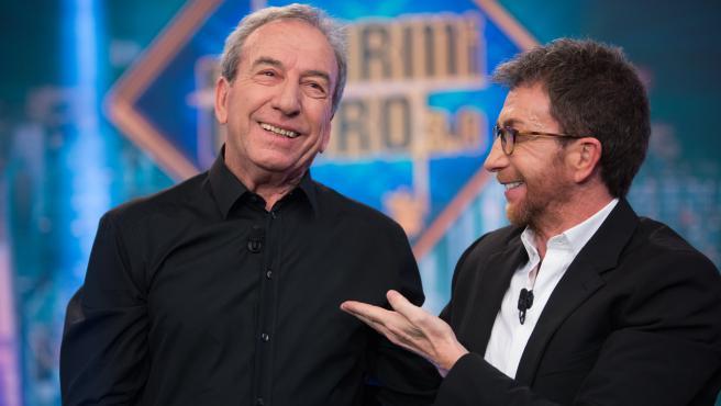 Jose Luis Perales y Pablo Motos, en 'El hormiguero'.