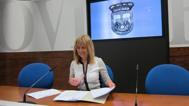La concejala del PSOE Marisa Ponga en una rueda de prensa.