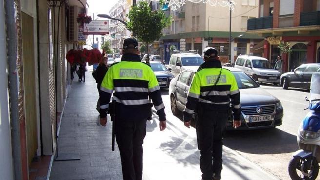 Policías Locales de Logroño patrullando por la ciudad