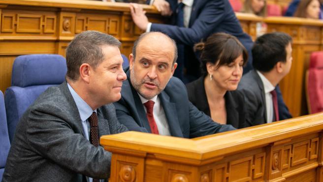 El presidente regional, Emiiliano García-Page, y el vicepresidente del Gobierno, José Luis Martínez Guijarro.