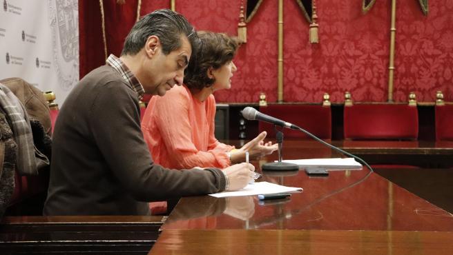Los ediles municipales Antonio Cambril y Elisa Cabrerizo