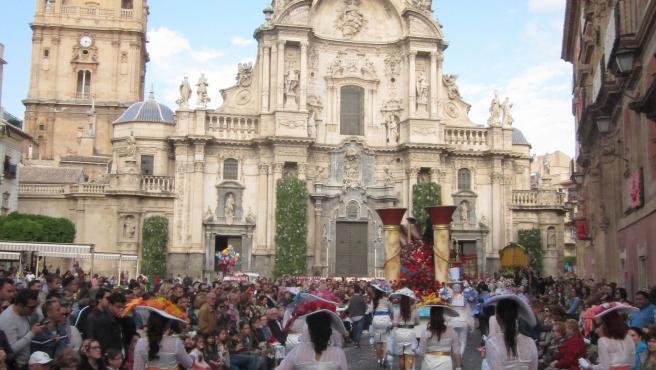 Desfile Batalla de las Flores, Fiestas de Primavera, Catedral