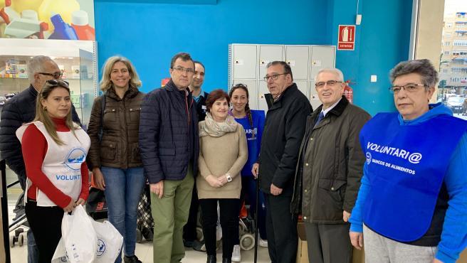 El alcalde José Ballesta participa en la Gran Recogida del Banco de Alimentos del Segura