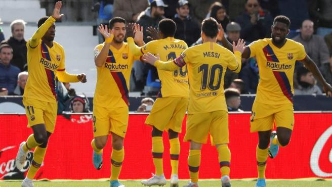 El Barça celebra un gol en Butarque.