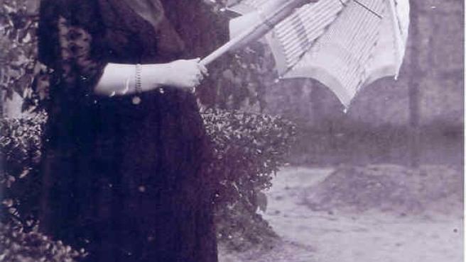 Foto de María del Valle, asesinada por la represión franquista en 1937