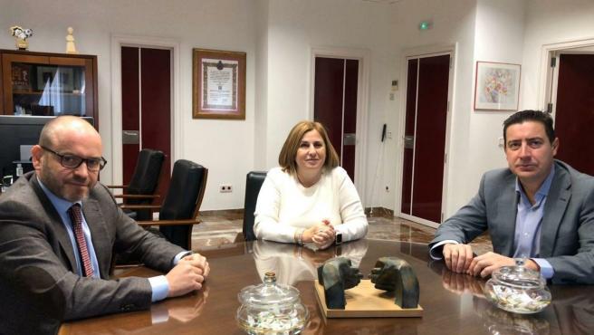 Representantes del Ayuntamiento de Córdoba, Hostecor y ONCE