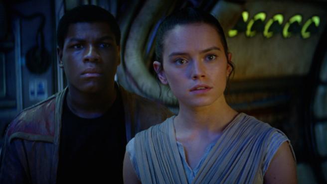 'Star Wars': J.J. Abrams acepta las críticas por la falta de originalidad de 'El despertar de la Fuerza'