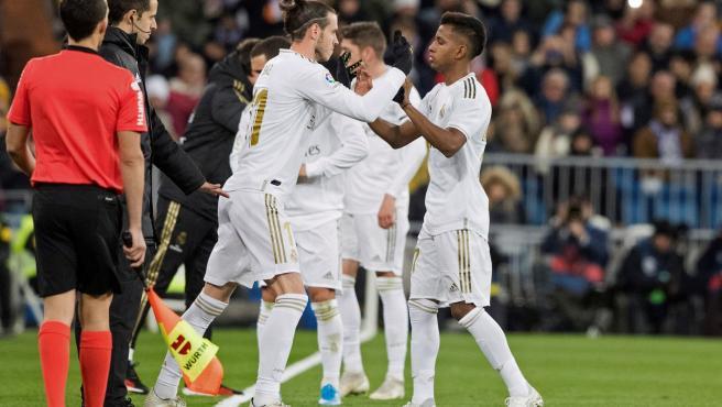 Bale entra por Rodrygo en un cambio en el Santiago Bernabéu