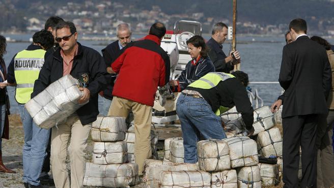 Imagen de 2007 de la llamada Operación Piraña, en la que fueron incautados 4.000 kg de cocaína en las rías gallegas.