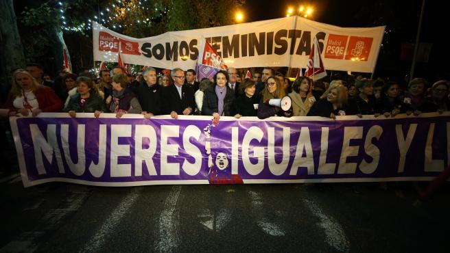 Manifestación con motivo del Día Internacional de la Eliminación de la Violencia contra la Mujer en Madrid.