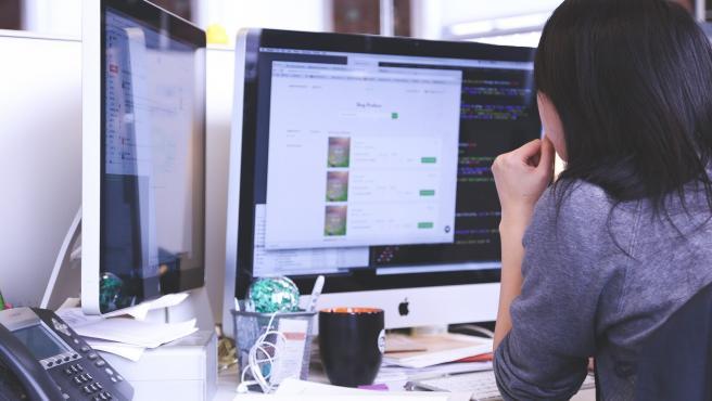 El 'riesgo insider': un 60% de los ciberataques tienen su origen en los propios empleados