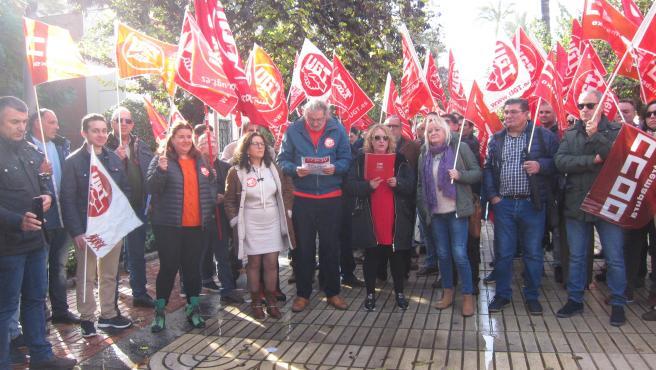 CCOO y UGT se concentran en Badajoz