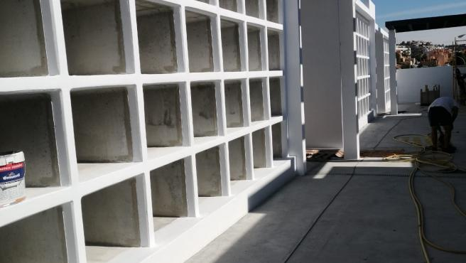 Obras en el cementerio de Rincón de la Victoria.