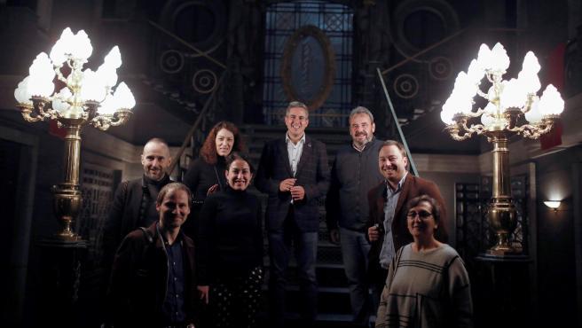 Zuloaga con representantes de Netflix