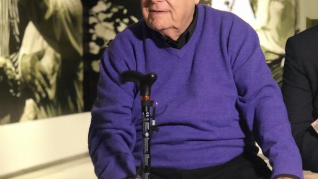 El pintor malagueño Eugenio Chicano en su última exposición
