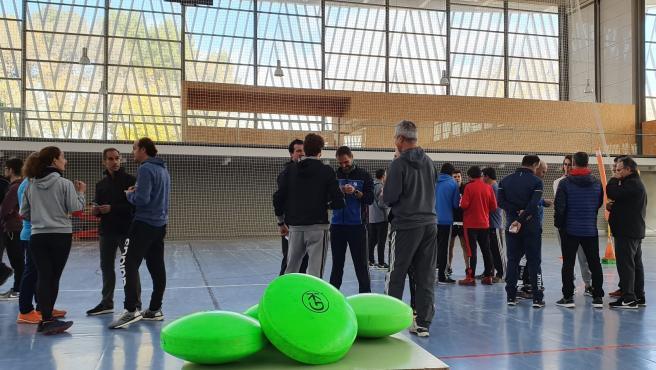 Profesores de educación física practicando Coubak.