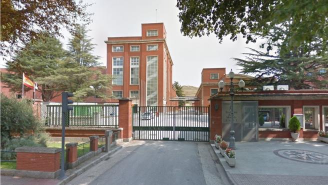 Vista de la entrada de la Fabrica Nacional de Moneda y Timbre de Burgos