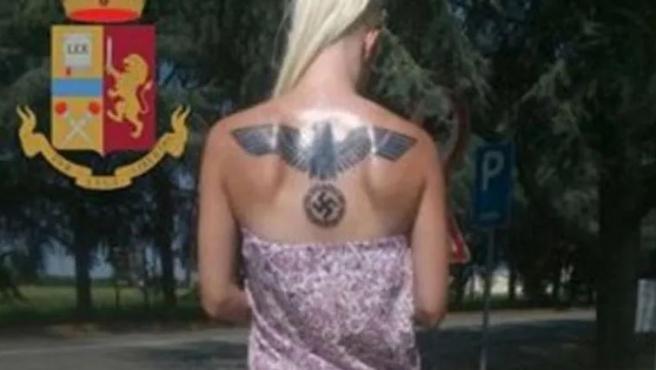 Miss Hitler, la mujer detenida en Italia.