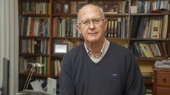 Santiago Echevarría, ex responsable del programa del Sida en el Hospital Valdecilla