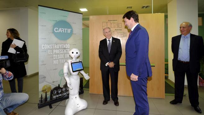 El presidente de la Junta, Alfonso Fernández Mañueco, visita Cartif en su 25 aniversario