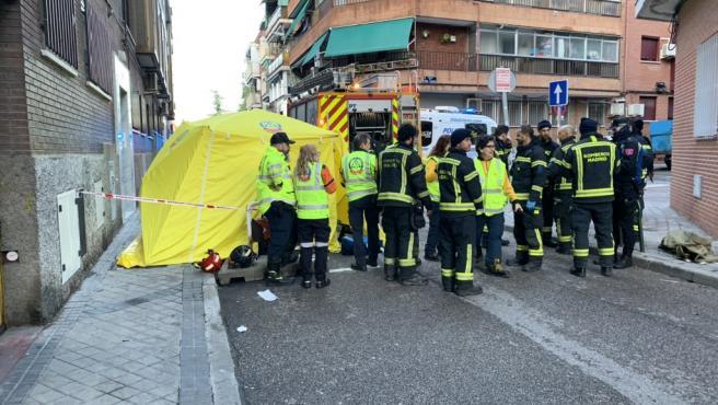 Los bomberos rescataron a la víctima ya en parada cardiorespiratoria