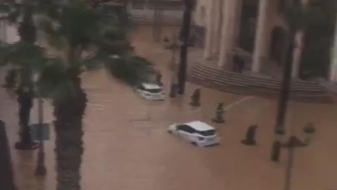 La zona centro de Los Alcáceres completamente inundada