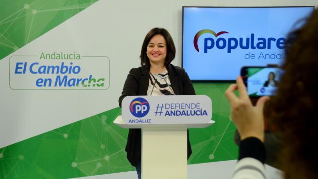 La parlamentaria autonómica y presidenta del PP de Sevilla, Virginia Pérez