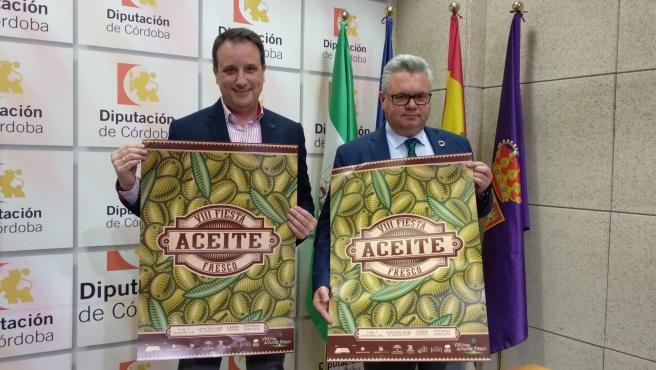 Morales (dcha.) y Cerrilllo presentan la Fiesta del Aceite Fresco de Cabra