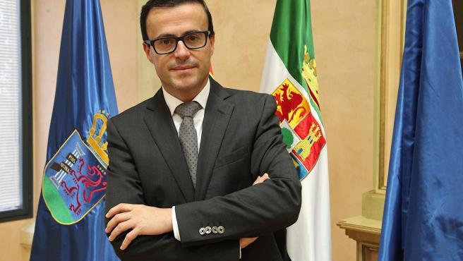 Presidente Diputacion Miguel Angeil Gallardo Miranda Diputacion De Badajoz ,Fotografo Santiago Rodriguez Casado